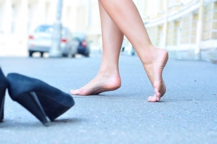 Tại sao đi chân trần lại tốt hơn đi giày? - ảnh 3