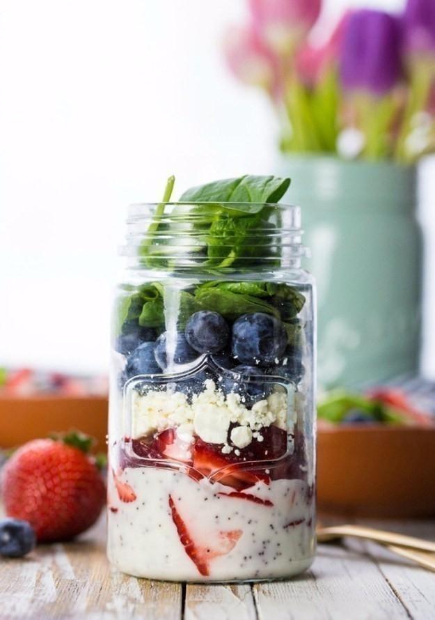 Snacks saludables -ensalada agridulce en frasco