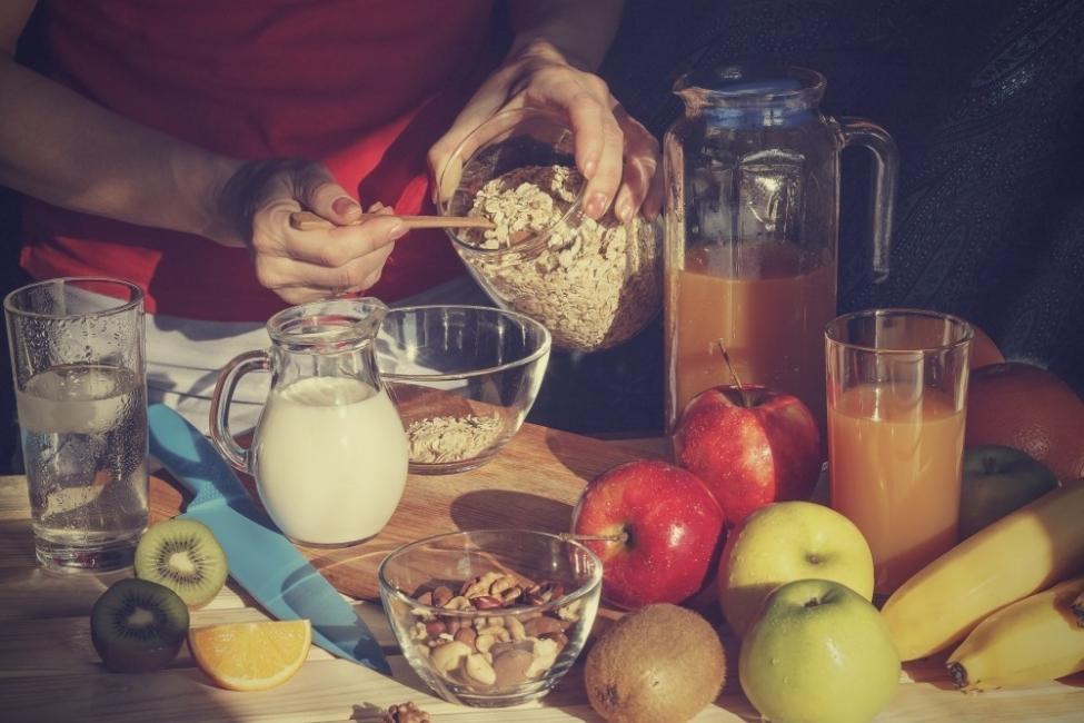 Alimentación alta en proteínas y vegetales
