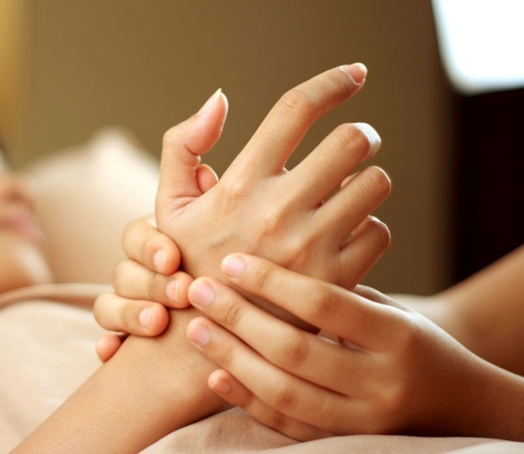 Técnica para librarse del estrés en 5 minutos- técnica japonesa con masajes
