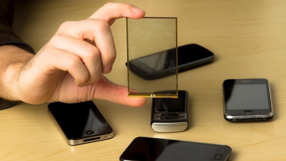paneles solares transparentes para cargar smartphones