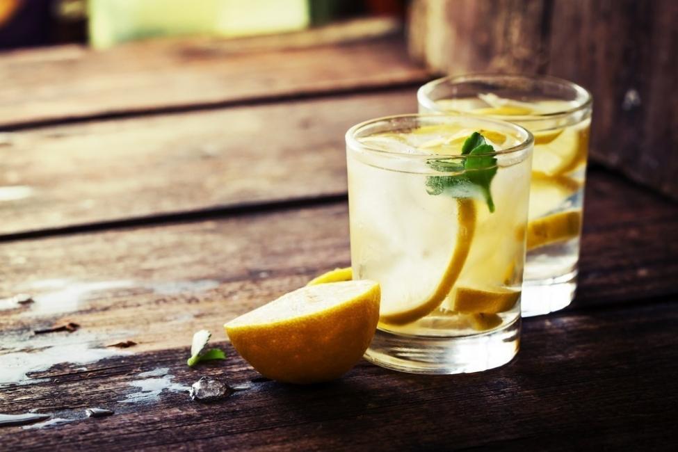 frutas para desintoxicar el cuerpo - limón