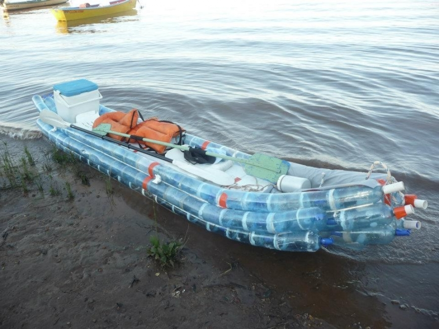 Kayak con botellas