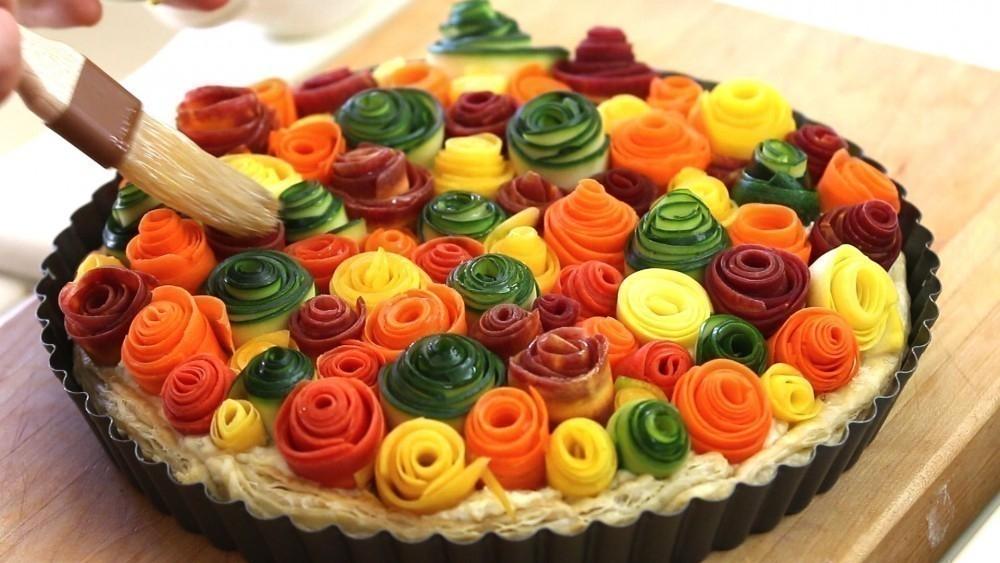 Tarta de vegetales que parecen rosas- hornear