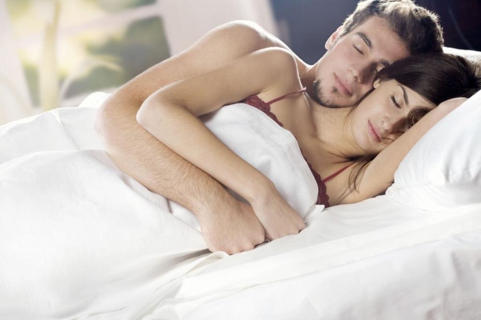 dormir del lado izquierdo de tu cuerpo-Favorece un drenaje linfático correcto