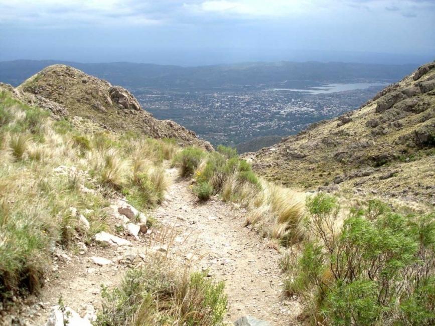 Wallala: la comunidad argentina - capilla del monte
