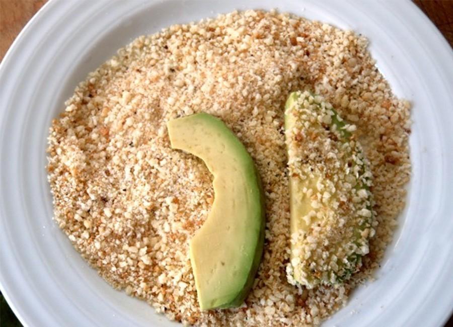 Snack crocante de palta- empanar