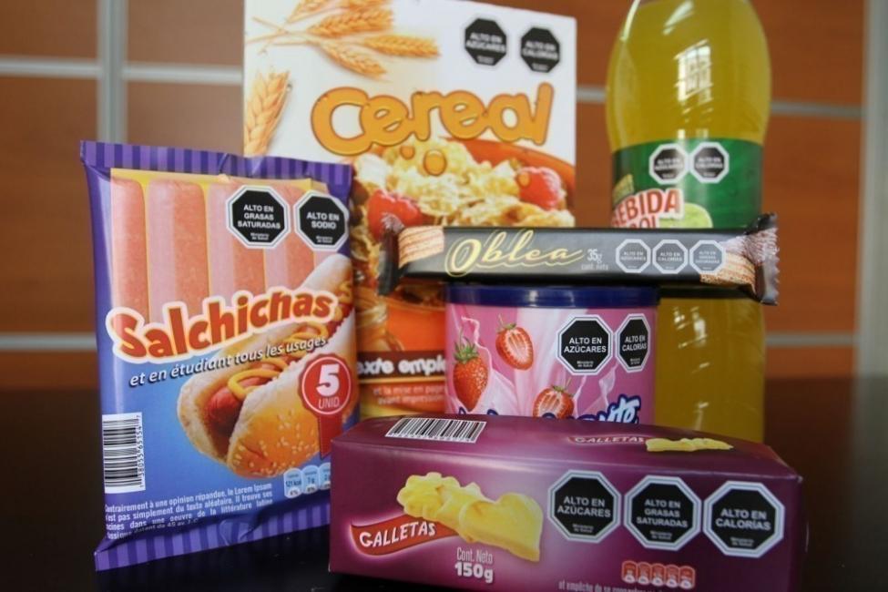 Chile prohibe comercializar juguetes junto a alimentos poco saludables