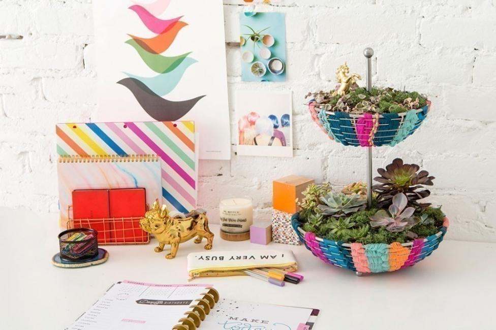 hacer un pequeño y colorido jardín para tener dentro de tu hogar