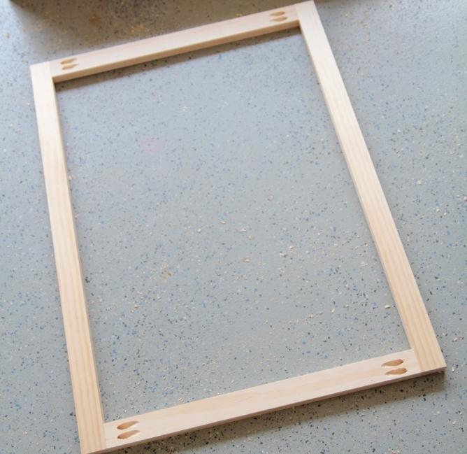 Cómo hacer una mesa para espacios reducidos- patas