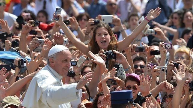 Papa Francisco y Jóvenes