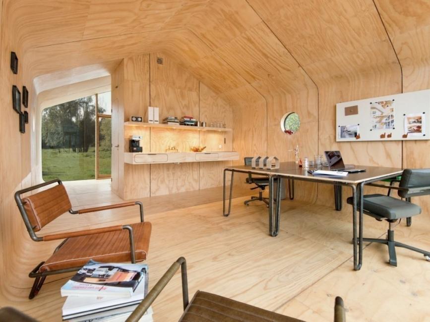 casita con cartón corrugado- interiores