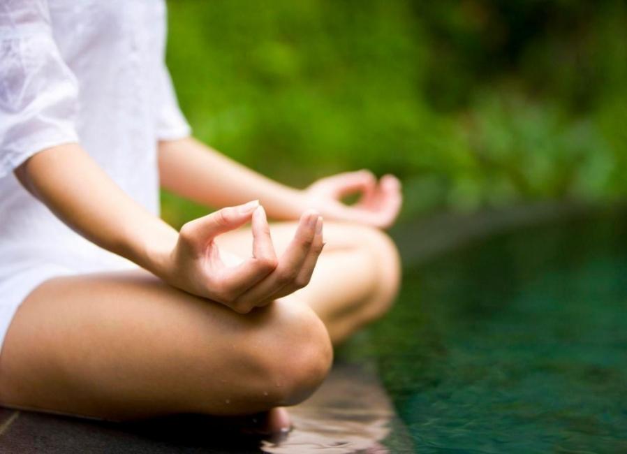 Chin mudra - mudras- posiciones de manos yoga