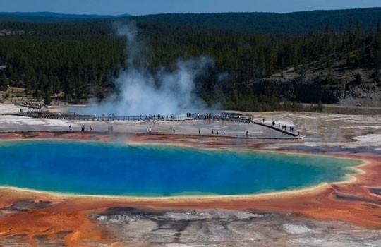 Grand Prismatic Spring en el Parque Nacional de Yellowstone
