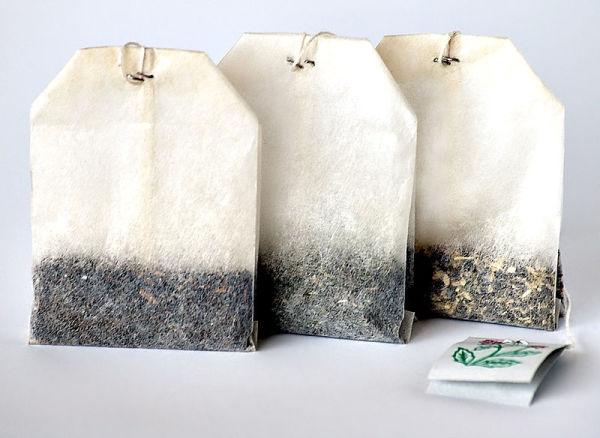 800px-Tea_bags