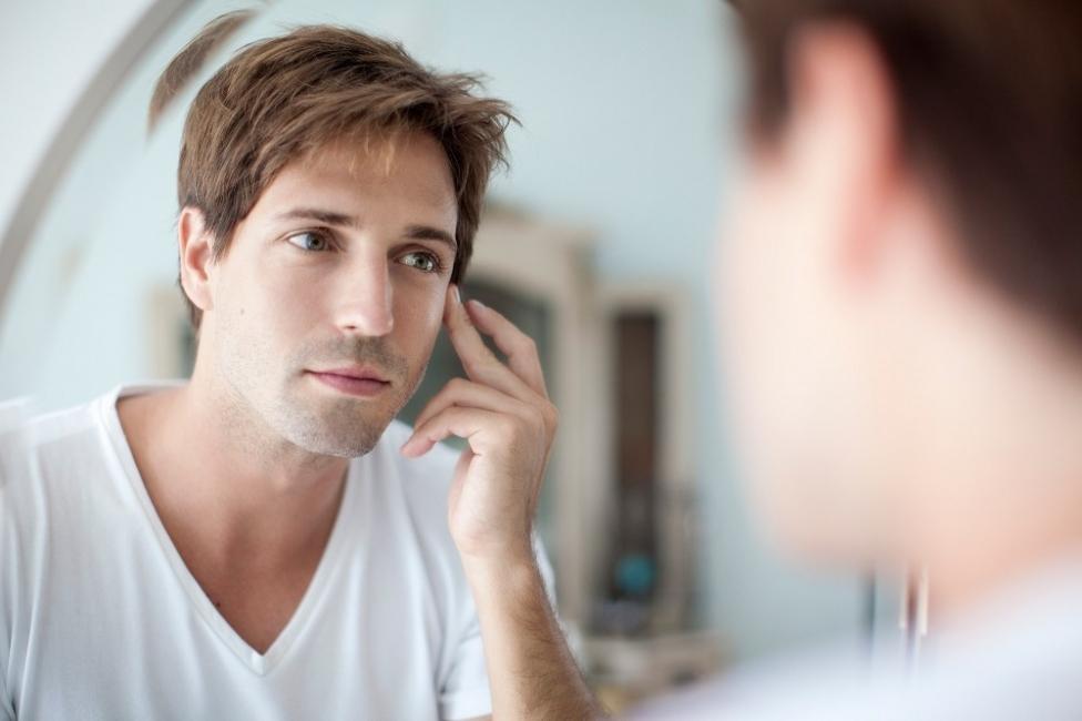 Eliminar bolsas en los ojos- masajes