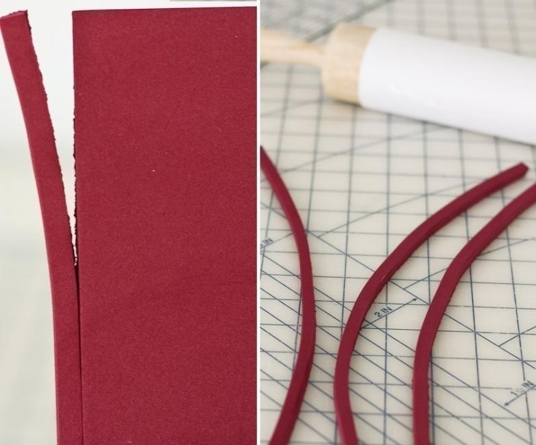estampar una tela con un rodillo o palote de cocina- goma eva