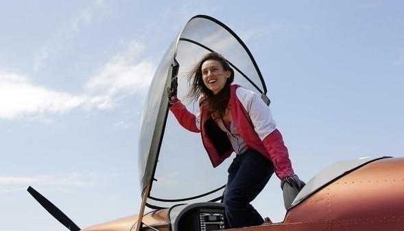 Sabrina Gonzales Pasterski avión