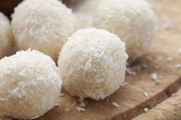 coconut-balls-960x639