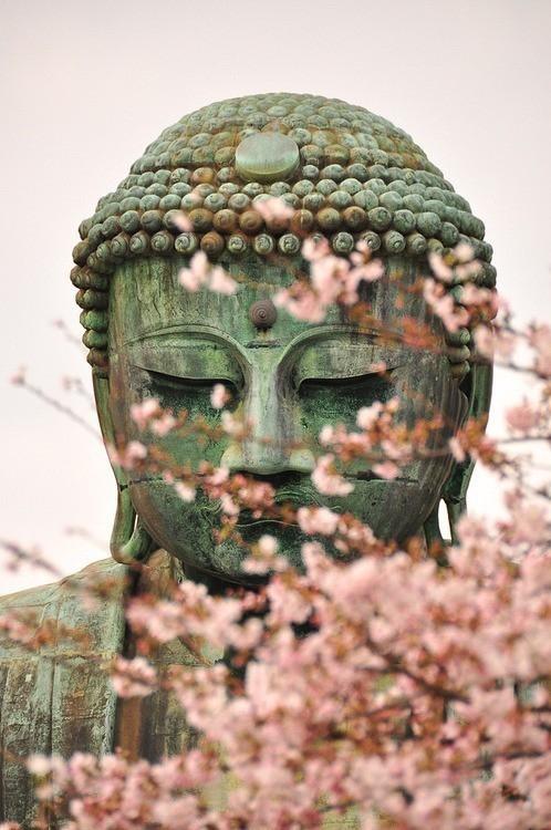 Estatua budista