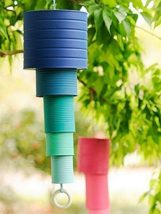 campanillas con latas