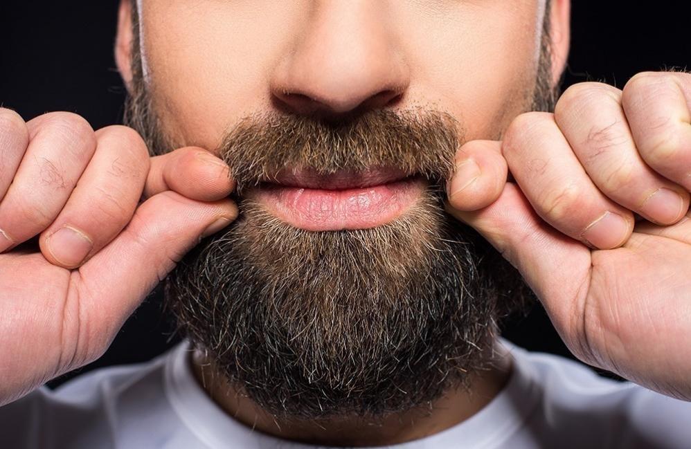 Crecer la barba de manera natural - aceites