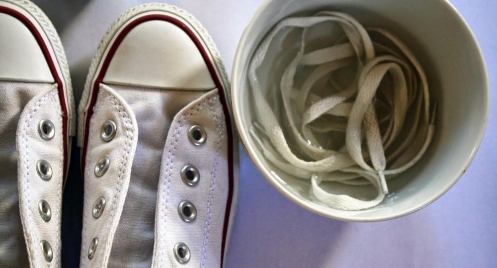 blanquear zapatillas- cordones
