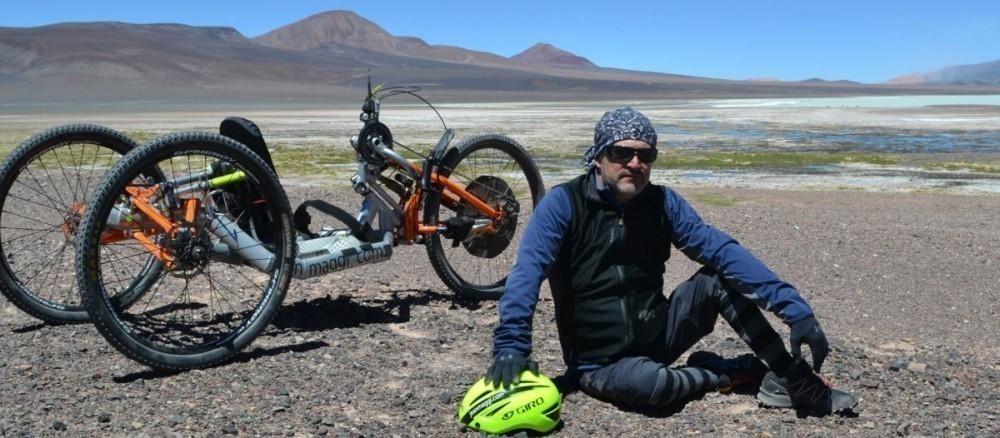 recorrió el Himalaya con piernas biónicas