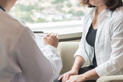 El estudio fue realizado en individuos con tumores humanos derivados de melanoma y cáncer de mama.