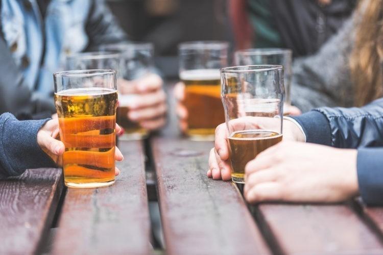 El alcohol daña el hígado
