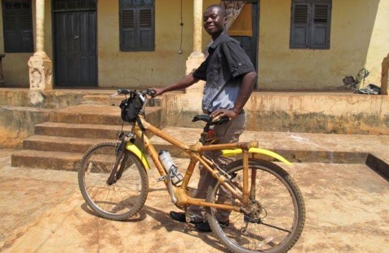 Bicicleta de bambú para estudiantes africanos- historia inspiracional
