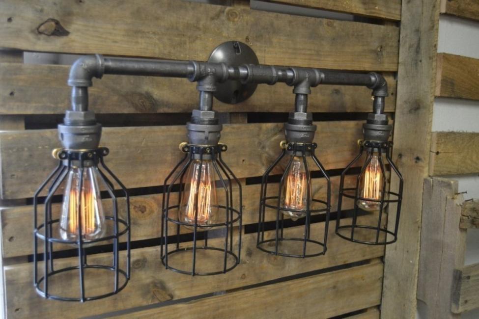 Decoración con caños  - lámparas