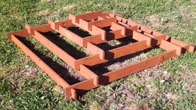 pirámide para plantar- armar estructura