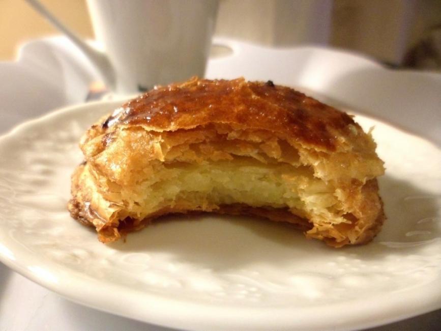 Mini galletas rellenas de crema pastelera - dentro