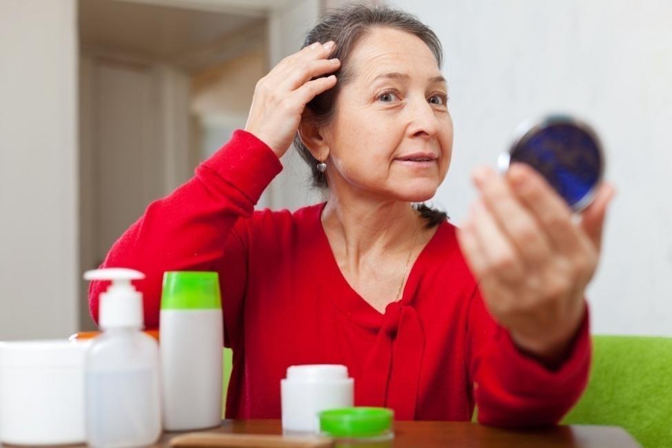 shampoo natural para cabello canoso gris blanco