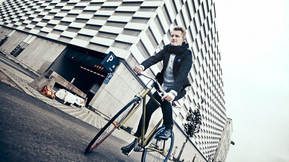 El nuevo airbag para evitar accidentes en bicicleta casco inflable- Hövding