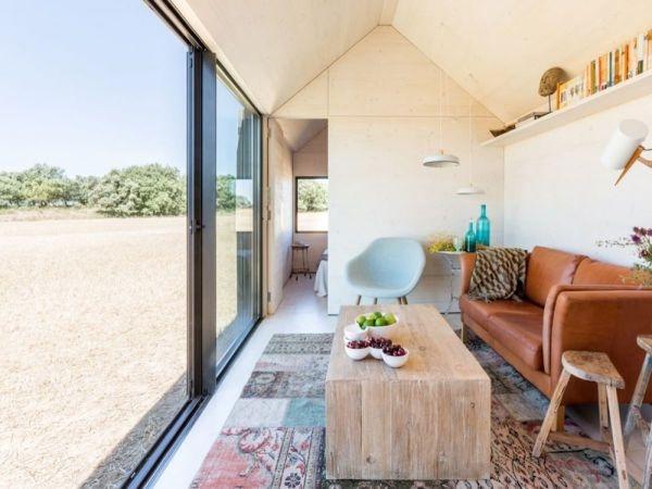 23_Little-Concrete-House-on-the-Prairie_1-f (1)