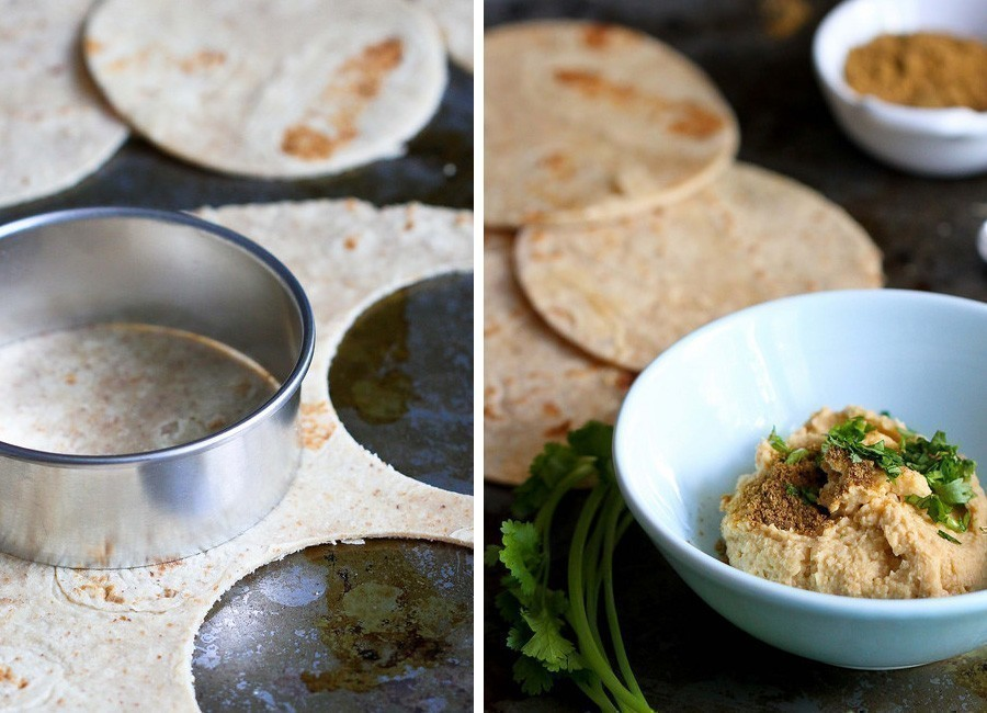 quesadillas de aguacate y queso - preparar tortillas y hummus