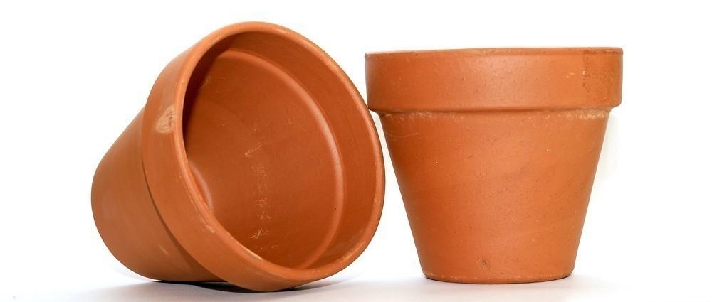 Horno tandoor para el jardín con macetas - materiales