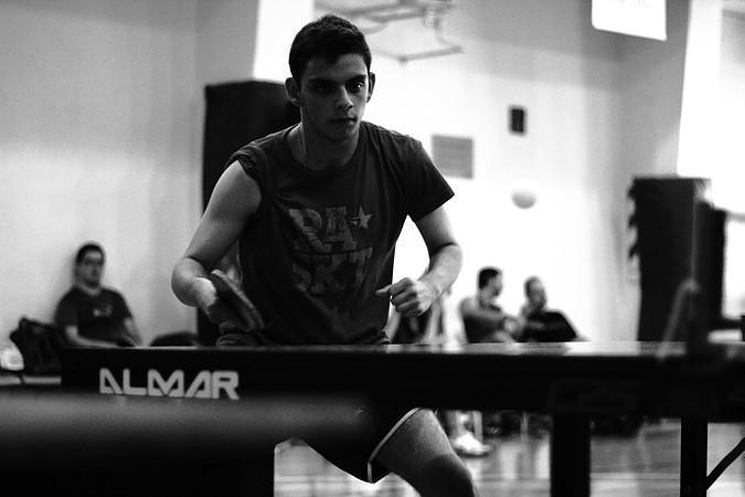 5 razones para jugar al ping pong en tu trabajo - beneficios