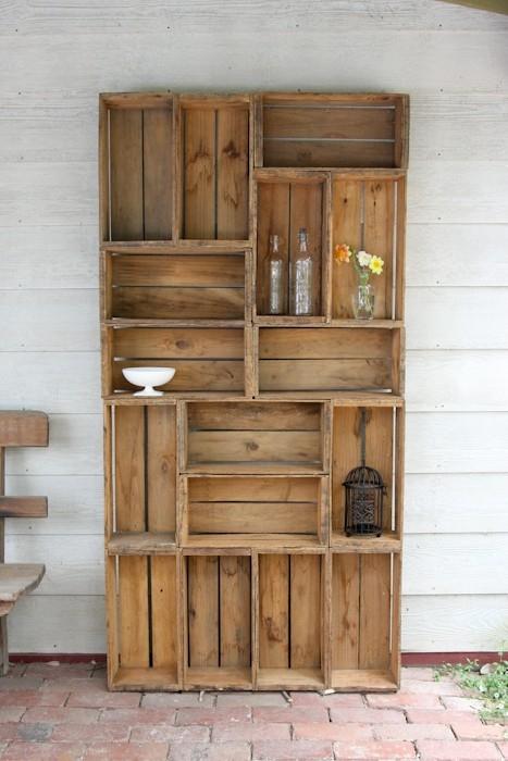 apple-crates-bookshelf