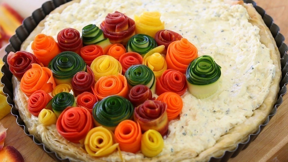 Tarta de vegetales que parecen rosas- armado