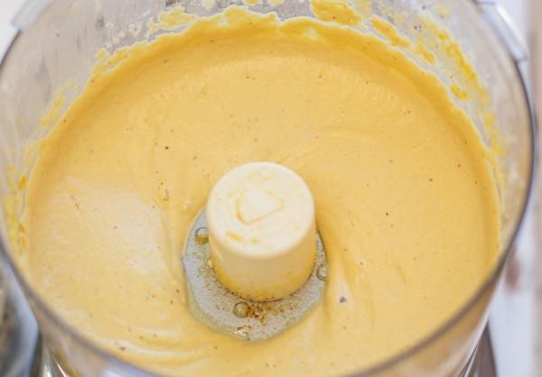 Vegan-Cheese-Sauce-600x418
