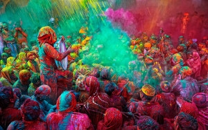 The-Holy-Singer-Holi-India