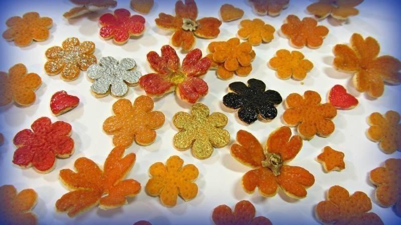 Artesanías con cáscara de naranja- flores