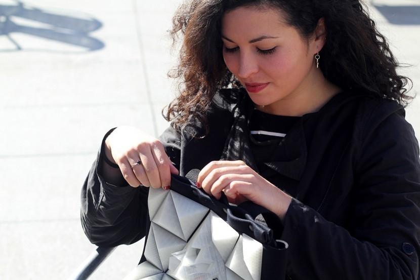 Avilés Data City- mochila invento que relaciona tus emociones con el ambiente