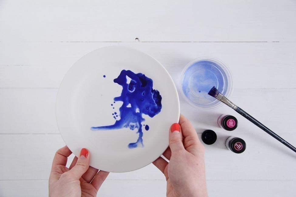 Cómo hacer watercolor para renovar tus platos