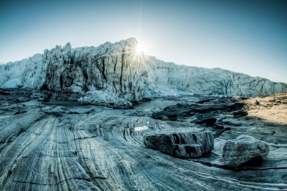 que peligro representa el hielo negro en groenlandia