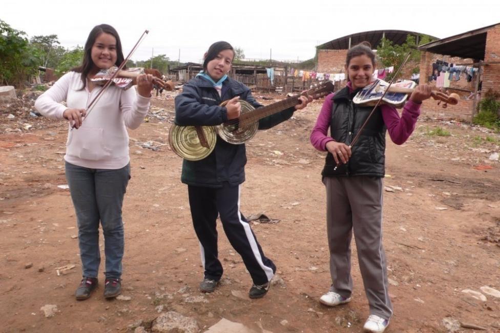 "Ellos hicieron de la basura, ¡música!- ""Landfill Harmonic"""