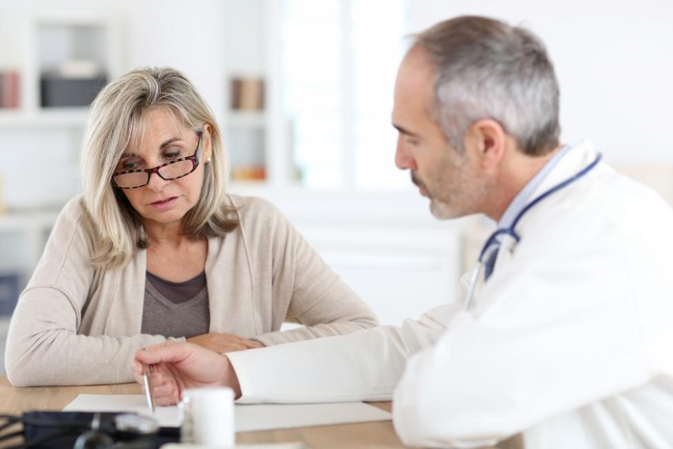 Los cambios de tempertura corporal sin razón evidente son característicos de la menopausia